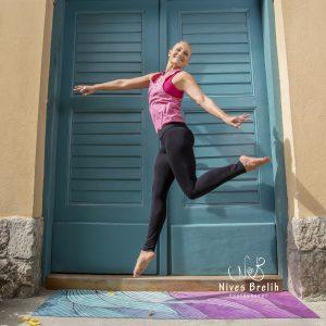 Eva-Debevec-Evisense-Yoga