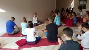 tecaj-joga-tetecaj-ucitelj-joge-delavnica-yoga alliance 200 hrs-tečaj joge-meditacija-osebna-rast-pomoč-stres
