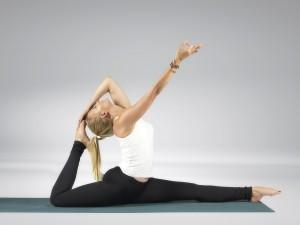 tečaj-učitelj-joge-ljubljana-eva-debevec-evisense-joga-asana-pranajama-meditacija-200 ur-yoga-alliance-joga-zdruzenje-slovenije