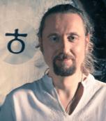 vladimir-janc-gong-evisense-yoga